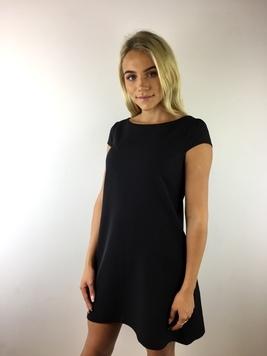 4436a0c1cc7 Must A-lõikeline kvaliteetne kleit